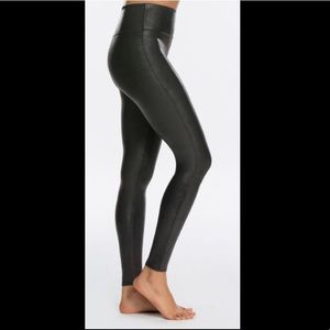 ✨Faux Leather Leggings✨ New Without Tags ✨